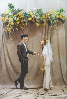 Pre Wedding Poses, Wedding Couple Photos, Pre Wedding Photoshoot, Wedding Shoot, Wedding Couples, Wedding Backdrop Design, Korean Wedding Photography, Foto Wedding, Wedding Portraits