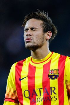 Neymar Photos - Neymar of FC Barcelona reacts during the La Liga match between Athletic Club and FC Barcelona at San Mames Stadium on December 2013 in Bilbao, Spain. - Athletic Club v FC Barcelona Neymar Jr, Neymar Football, Inspirational Soccer Quotes, Good Soccer Players, Moise, Athletic Clubs, Old Trafford, Ex Husbands, Uefa Champions League