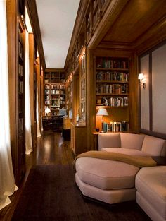 Don't you love the use of the hallways for bookcases!