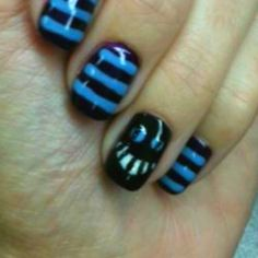 Alice in wonderland nails!! My favorite character!