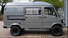 Mercedes-Benz 310 D - Camper Wiz Mercedes Camper, Vw Lt Camper, Mercedes Benz Trucks, Sprinter Camper, Camper Van, 4x4 Trucks, Vw Lt 4x4, Iveco Daily 4x4, T3 Vw