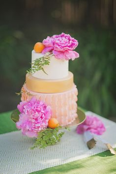 pink and orange cake | Alexandra Wallace | Glamour & Grace