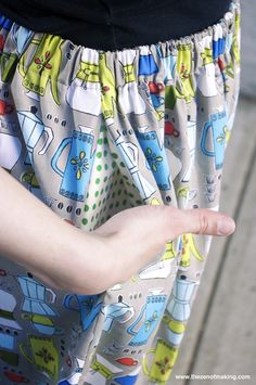 Tutorial: Perfect Summer Skirt (with Pockets!) | The Zen of Making