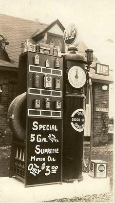 Vintage Good Gulf Gas Oil Cans Bottles Rack Tires Super Unique Old Photo 4x6
