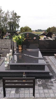 podwojny-2018-styczen-01 Tombstone Designs, Cemetery Decorations, Betta, Granite, Outdoor Decor, Room, Grave Decorations, Sympathy Cards, Famous Graves