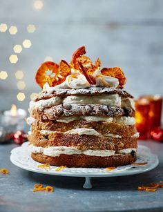 Take one panettone, slice and layer it with Campari cream for a quick-fix pud! Behold, our stunning panettone with Campari and citrus mandarin cream Xmas Food, Christmas Desserts, Christmas Baking, Christmas Eve, Gourmet Recipes, Sweet Recipes, Dessert Recipes, Just Desserts, Delicious Desserts