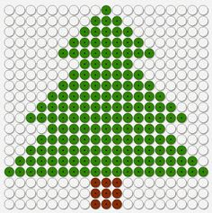 kralenplank kerst, kerstboom dennenboom Christmas Tree Crafts, Christmas Canvas, Christmas Themes, Kids Christmas, Hama Beads, Fuse Beads, Saint Nicolas, Perler Patterns, Beading Patterns