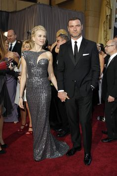 Naomi Watts in Armani Prive and Liev Schreiber On the Red Carpet at the Oscars