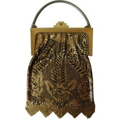 Pre-owned 1920s Metal Mesh Evening Bag in Gold and Black Enamel ($475) ❤ liked on Polyvore featuring bags, handbags, evening bags and minaudières, handbags and purses, vintage purse, black evening bag, vintage mesh purse, evening handbags and metal mesh purse