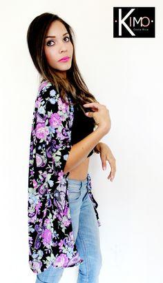 Hermoso kimono floreado. Licra fría, muy fresca. Marca: KIMO Hecho en costa Rica Whatsapp 70164801