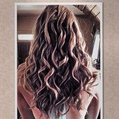 More curls for the girls @jleahair