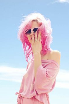 charlotte free ~ pink everything.