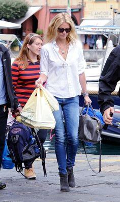 Gwyneth Paltrow - Gwyneth Paltrow Shops in Italy