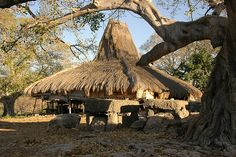 Sumba Traditional House - Komodo, Indonesia - A Sumba House in Prailiang, East Sumba. Vernacular Architecture, Ancient Architecture, Vietnam, Building Structure, Building Design, Interesting Buildings, Environment Concept Art, Cottage, Watercolor Landscape