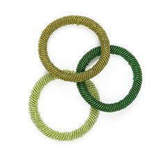 Handmade in Kenya, these different shades of green coloured Maasai beaded bangles fit all sizes and brighten up any outfit.