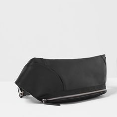 Image 3 of BASIC BELT BAG from Zara