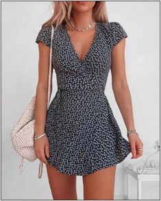 Trendy Summer Outfits, Summer Fashion Outfits, Cute Casual Outfits, Pretty Outfits, Winter Outfits, Short Casual Dresses, Short Summer Dresses, Summer Holiday Clothes, Formal Dresses