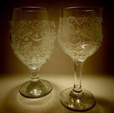 Am incercat sa caut in suflet frumusetea vietii , sa ofer lumii poezie in arama si versuri pictate  pe  sticla.Sper ca toate creatiile mele sa vindece sufletul privitorului.