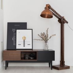 Weekly sales of unseen design and decoration brands at exclusive discounts. Design Shop, Desk Lamp, Table Lamp, Tv Board, Malaga, Montage, Floating Nightstand, Furniture, Home Decor