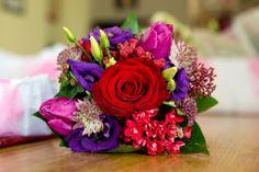 A Romantic Winter Wedding at Bellingham Castle | Colourful Winter Bouquet | weddingsonline