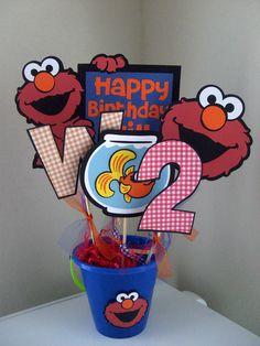 Elmo Centerpiece - Pick Your Colors - Boy Theme. $23.50, via Etsy.