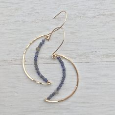 Wire earrings 745064332083233651 - Gold Crescent Moon Earrings – Hokubijou Source by Ear Jewelry, Cute Jewelry, Gemstone Jewelry, Beaded Jewelry, Jewelry Making, Jewellery, Jewelry Crafts, Gold Bar Earrings, Moon Earrings
