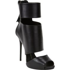 Giuseppe Zanotti Cutout Peep-Toe Ankle Boots ($1,095) ❤ liked on Polyvore featuring shoes, boots, ankle booties, heels, sandals, giuseppe zanotti, black heel booties, peep-toe booties, short black boots and black leather bootie