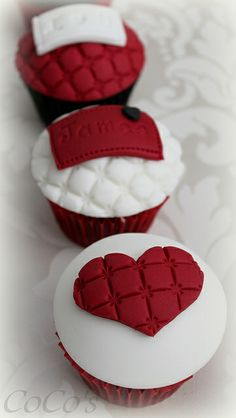 Valentine Cupcakes by Coco's Cupcakes Camberley, via Flickr