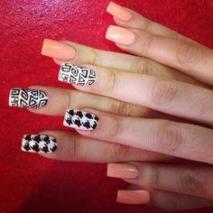 Abstract gel nail designs