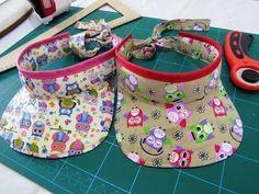 Easy-to-make custom visor Doll Shoe Patterns, Sewing Patterns, Sewing For Kids, Baby Sewing, Stylish School Bags, Japanese School Bag, Baby Pageant Dresses, Painted Hats, Diy Baby Headbands