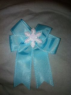 Hairbow Snowflake hair bow
