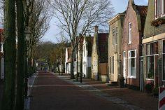 Mooie geveltjes in de Dorpsstraat van Vlieland.