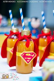 Super Fun Ideas For a Superhero-Themed-Birthday-Party! Super Fun Ideas For a Superhero-Themed-Birthday-Party! See more party ideas at ! lembrancinha de garrafinha do super homem Festa Super Homem Superman Party Decorations, Superhero Party Food, Superman Birthday Party, Avengers Birthday, Birthday Party Themes, Batman Party, 4th Birthday, Super Hero Decorations, Super Hero Birthday