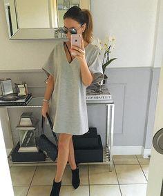 #sukienka z wełny z głębokim dekoltem, luźny krój #dress #instafollow #streetfashion #style #todaysoutfit #mint_label_ #mint #label #mintlabel #