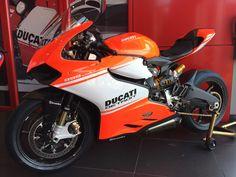 Ducati Detroit creation.... 899 Panigale SuperLeggera - Album on Imgur