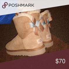 29b1b4e6bfb10 NWOT J/Slides Azul Faux Fur Tassel Slip-On Sneaker New without a box ...