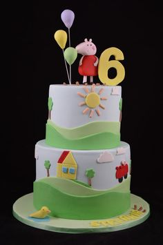 This would hav't to be one of my favourites so far. Tortas Peppa Pig, Bolo Da Peppa Pig, 2nd Birthday Cake Boy, Pig Birthday Cakes, Cupcakes, Cupcake Cakes, Pig Cakes, George Pig Party, Madeleine Cake