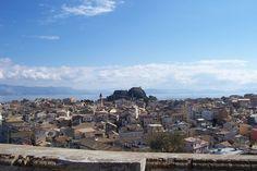 Παλιό Φρούριο και Παλιά Πόλη από το Νέο Φρούριο - Corfu - Wikipedia, the free encyclopedia