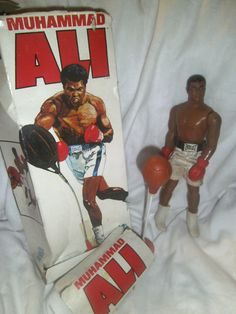 Muhammad Ali - 1976 - Denys Fisher - Action Figure with punchball - vintage