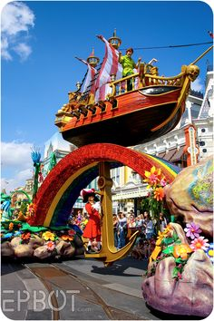 (EPBOT) Peter Pan float. My favorite of all!