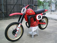 Marty SMith's 1978 RC500 by teyblyy, via Flickr