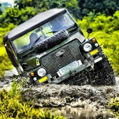"""A series being put to the test #landrover #landy #onelifeliveit #series #mudboggin #dirtyisclean#offroad #4x4"""
