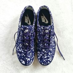 Floral Printed Nikes Floral patterned nike sneakers. Size 10. New without a tag. Few minor marks on the rubber parts from storage. Nike Shoes