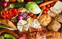 Receta con comidas que engordan para aumentar peso y ganar masa muscular. El enlace es el siguiente: http://lasrecetascaseras.com/dieta-para-ganar-peso-con-comidas-que-engordan-sanamente/