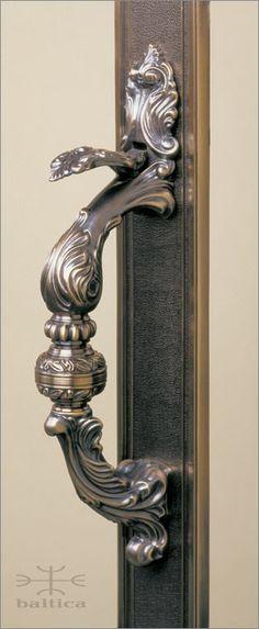 Manifesto thumblatch | antique bronze | Custom Door Hardware www.balticacustomhardware.com