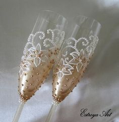 Hand painted toasting flutes champagne glasses wedding gift