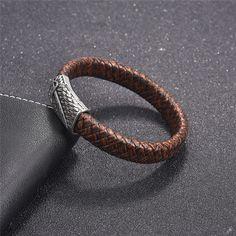 Men's Braided Brown Leather Bracelet With Decorative Magnetic Clasp Bracelets For Boyfriend, Mens Gold Bracelets, Braided Bracelets, Metal Bracelets, Fashion Bracelets, Jewelry Bracelets, Simple Bracelets, Diamond Bracelets, Mens Braids