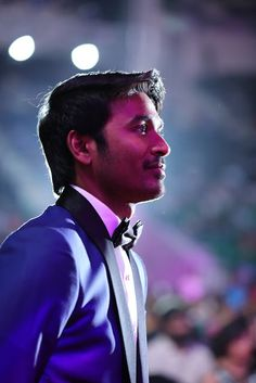 Bollywood, Tollywood & Más: Dhanush FilmFare