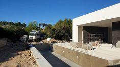 Finished designer villa in La Perla on Plot Be Spoiled New Builds, Luxury Villa, Spain, Mirror, Building, Outdoor Decor, Design, Home Decor, La Perla