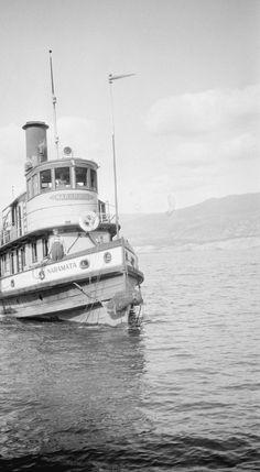 "Tug ""Naramata"" on Okanagan Lake Tugboats, Boat Plans, Historical Pictures, Model Ships, History Facts, British Columbia, Paddle, Vancouver, Trains"